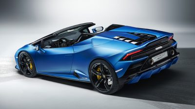 CELEBRATING FREEDOM WITH THE HURACÁN EVO REAR-WHEEL DRIVE SPYDER